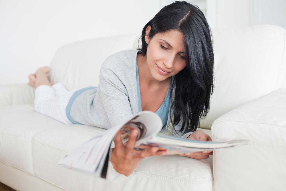 4 Magazine Advertising Strategies to Improve Your ROI