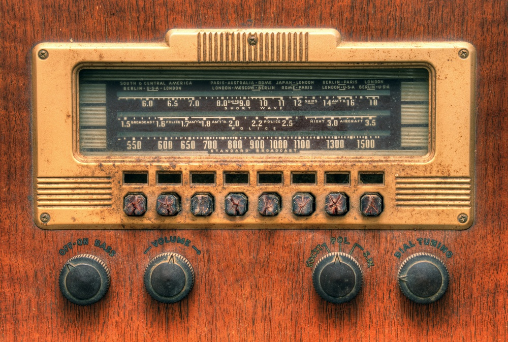 "How to Leverage the ""Frequency of Three"" Principle in Radio Advertising"
